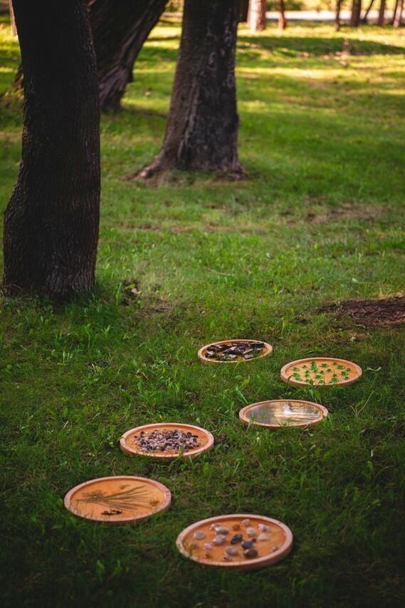 Drewniana ścieżka sensoryczna do ogródka